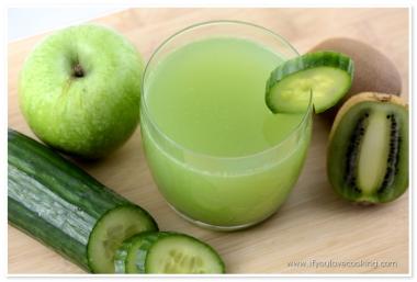 Kiwi, mere & castraveti Juice_1