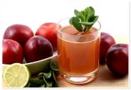 Prune, menta & lime