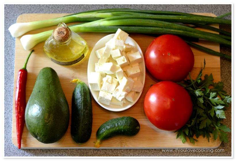 Salat de rosii cu avocado si feta_1