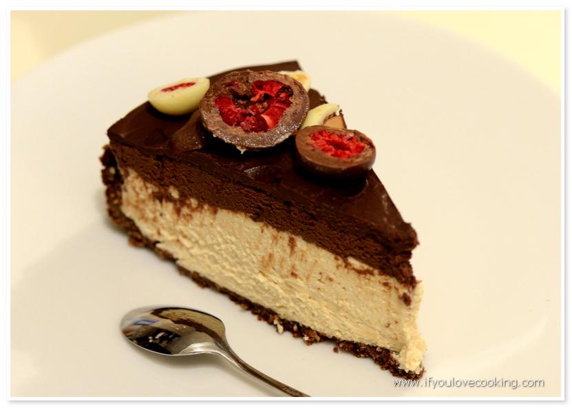 Tarta de ciocolata si mousse cu unt de alune